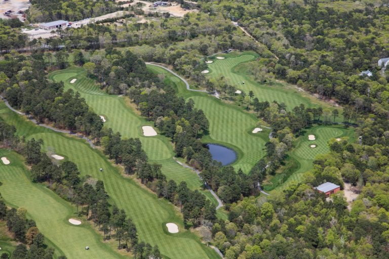 Visitor's Guide - Cape Cod Golf Course | The Captains Golf Course on
